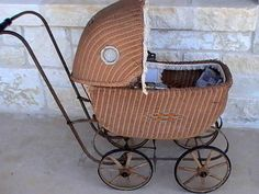 Antique Vintage Baby Doll Woven Wicker Carriage Buggy Stroller
