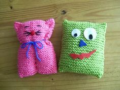 green square = gonk just make legs and arms with french knitting Knitting Club, Knitting Kits, Easy Knitting, Loom Knitting, Barbie Knitting Patterns, Crochet Patterns Amigurumi, Crochet Toys, Christmas Crochet Blanket, Crochet Chicken
