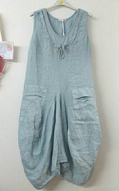 Interesting pockets - linen. Vestidos