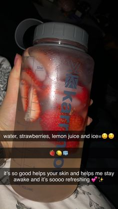 Fruit Smoothie Recipes, Smoothie Drinks, Healthy Smoothies, Healthy Drinks, Healthy Detox, Healthy Food, Starbucks Recipes, Starbucks Drinks, Healthy Water