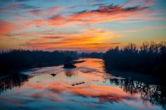 Sunset over Mureș River, Romania (by Dominique Toussaint). Believe it ior not, most of our water, pretty as it is in oceans and rivers isn't even usable for humans! :O Save water! Beautiful Sunset, Beautiful World, Beautiful Places, Beautiful Pictures, Amazing Places, Amazing Photography, Landscape Photography, Nature Photography, Sunset Photos