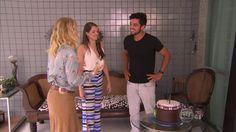 Agatha Moreira prepara bolo para Rodrigo Simas http://gshow.globo.com/programas/estrelas/videos/t/programas/v/agatha-moreira-prepara-bolo-para-rodrigo-simas/4609263/