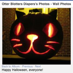 Hello Kitty Jack-o-lantern idea Pumkin Designs, Halloween Pumpkin Designs, Halloween Ghosts, Holidays Halloween, Halloween Pumpkins, Halloween Crafts, Happy Halloween, Halloween Costumes, Halloween Party Games