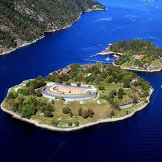 Suggested daytrips out of Oslo, holiday planner for the larger Oslo Fjord area. Book hotels & acoommodation in the Oslo region. Kristiansand, Alesund, Tromso, Great Places, Places To Go, Beautiful Places, Visit Oslo, Norwegian Vikings, Beautiful Norway