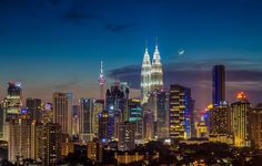 Kuala Lumpur in #Malaysia offers #tourists everything and lets them decide what they want to experience
