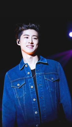 Hanbin Wallpaper  Cr : makebyme_