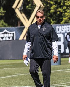 Raiders Coach Jack Del Rio Opens Up: Local legend Jack Del Rio is back and hoping to return the Raiders to their championship roots. By Ian A. Stewart