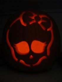 Crafty Mumma: Pumpkin Carving