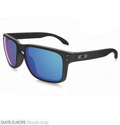 Sunglasses Oakley - Holbrook Oakley Holbrook, Oakley Sunglasses, Walking, Street Style, Womens Fashion, Fashion Tips, Stuff To Buy, Accessories, Fashion Hacks