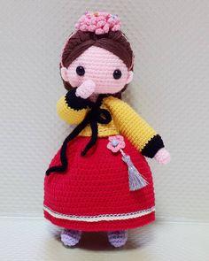 """좋아요 402개, 댓글 23개 - Instagram의 정소녀(@ribet58)님: """"Korean costume """"Hanbok"""" . 2번째 한복! 이번엔 주위서 한결같이 """"황진이야?"""" 라고함ㅋㅋ  그래서 고민없이 이름이생겻다ㅎ . .…"""""""