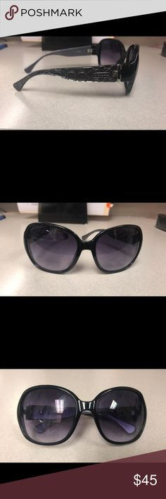 Black Coach Sunglasses Authentic Black Coach Sunglasses. Has slight scratches on lenses but aren't visible when worn. Gently worn. Comes with case. Coach Accessories Sunglasses