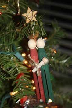 Nativity Ornament Wood Craft Tutorial @Megan Ward Philpott  you should make this for your mom and dad