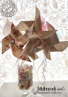 """Χειροποίητη Μπομπονιέρα """"Ανεμόμυλος"""" Place Cards, Gift Wrapping, Place Card Holders, Gifts, Fiestas, Gift Wrapping Paper, Presents, Wrapping Gifts, Favors"""