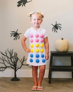 candy dots costume in diy halloween costumes and makeup tricks from hgtv