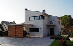 차갑거나 따뜻하거나 부드럽다, 현대적 감성의 콘크리트 주택 (출처 Jihyun Hwang)
