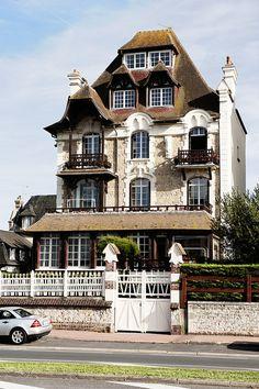 Villa Les Embruns; Deauville, Normandie, France, August 2012