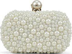 •Website: http://www.cuteandstylishbags.com/portfolio/aldo-white-braskett-evening-clutch/ •Bag: ALDO White Braskett Evening Clutch