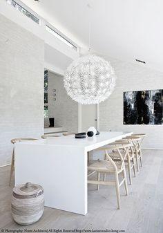 white dining table, Hans Wegner wishbone chair