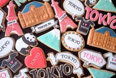 brings you the amazing Japanese Charaben world to the world ! Japanese Cookies, Stained Glass Cookies, Lemon Squares, Cookie House, Summer Cookies, Cut Out Cookies, Cookie Bars, Christmas Home, Cookie Decorating