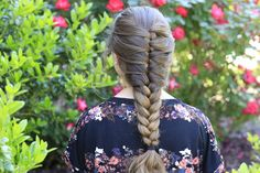 A FAUX French braid for all of you that are french braid challenged!  Or those that just want to learn a new technique! #hairstyles #hairstyle #cutegirlshairstyles #frenchbraid #braid #fauxbraid #CGHFauxFrench
