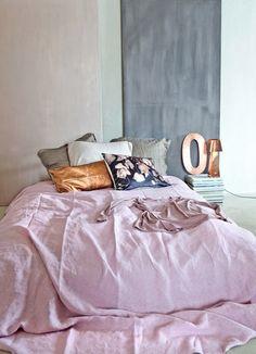 Pastel and metallics bedroom #pastel #metallic #bedding