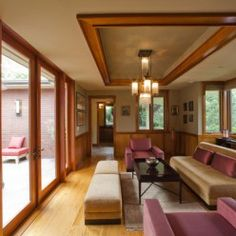Cool terrassen ideen weiss lounge moebel indirekte beleuchtung holzbalken Terrasse Pinterest