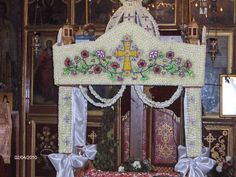 mosaicology: The Epitaphios of Great Friday: Mosaic of Flowers for . Greek Easter, Orthodox Icons, Christ, Mosaic, Friday, Beauty, Ephemera, Blessed, Cover