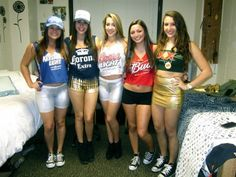 5+Head+Turning+Group+Halloween+Costumes+|+Her+Campus