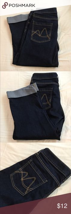 "Capri jeans Rolled up cuff. 20"" inseam. Perfect condition. New York & Company Jeans Ankle & Cropped"