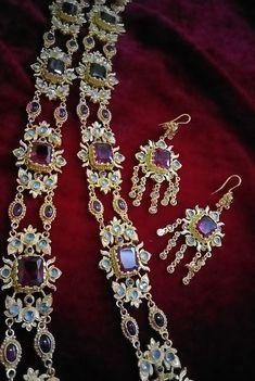 Most Beautiful Gardens, Thai Art, Antique Jewelry, Traditional, Diamond, Antiques, Pendant, Bracelets, Period