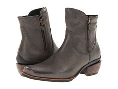 Wolky Alpine Boot - Black Leather. Flexible TR outsole with leather welt for durable wear and fashionable appeal.