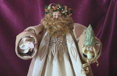 Santa Claus OOAK Santa in Ecru & Velvet Wood Body by DollmakerNic, $165.00  Beautiful Small Santa in Velvet!