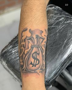 Arm Tattoos Black, Forearm Sleeve Tattoos, Tattoo Sleeve Designs, Tatoos Men, Hand Tattoos For Guys, Hard Tattoos, Dope Tattoos, Half Sleeve Tattoo Stencils, Fear Tattoo