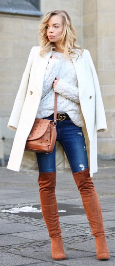 Outfit-Style-Fashion-Streetstyle-Casual-Casual Chic-Knit-OTK-Boots-Look-Outfit of the day-ootd-MCM-Crossbody Bag-Overknees-Blue-Jeans-Gucci-Gucci Belt