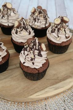 Gingerbread with Cookeo - HQ Recipes Baking Cupcakes, Yummy Cupcakes, Cupcake Recipes, Baking Recipes, Cupcake Cakes, Bundt Cakes, Malteser Cupcakes, Savoury Cake, Sweet Recipes