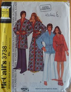 Vintage Sewing Pattern McCall's 3738 - Men's or Women's Robe in Three Lengths (1973)