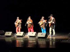 Jorge Velosa y los Carrangueros de Ráquira estuvieron en Sonido en Vivo en la Clausura del Festival Internacional de la Canción Infantil, 2011. Aquí la imperdible Julia, Julia, Julia