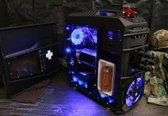 Battlefield 3 PC mod is a lesson in awesome  Lock and load, this awesome PC case mod from Brian Carter features a mini-fridge and super-cool spinning chaingun.    It can generally be accepted that PC gamers are an ingeniously geeky and industrial bunch — and they revel in the distinction. And this awesome Battlefield 3 case mod is a prime example of that.  http://www.digitaltrends.com/computing/battlefield-3-pc-mod-is-a-lesson-in-awesome/