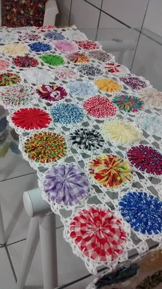 1 million+ Stunning Free Images to Use Anywhere Crochet Home, Crochet Motif, Crochet Crafts, Fabric Crafts, Crochet Projects, Sewing Crafts, Crochet Patterns, Yarn Crafts, Quilting Projects