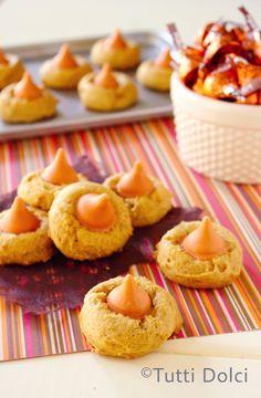 Pumpkin Spice Blossoms, perfect for Halloween | Tutti Dolci