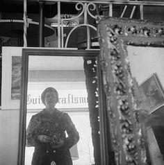 Vivian Maier :: Self-Portrait, Antique Mirrors, Chicago, North Suburbs, 1973 Vivian Maier, Artistic Photography, Street Photography, Art Photography, Unseen Images, Photographs Of People, Wonderful Picture, Chicago, Great Photographers