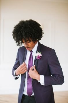 Plums and Pinks Foodie and Floral Inspiration Shoot Mens Wedding Looks, Wedding Men, Wedding Blog, Himalayan Pink Salt, Mini Cheesecakes, Blues Rock, Party Guests, Formal Hairstyles, Queen Anne