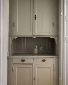 Kitchen Interior, Kitchen Stories, Kitchen Cabinets, Kitchen Remodel, Kitchen Decor, Home Decor, House Interior, Kitchen Dining, Kitchen Design