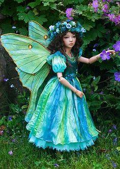 Luna, the moth fairy