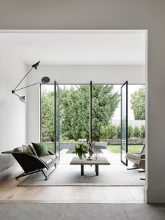 Can it be your livingroom? House By Robson Rak Architects via - Architecture and Home Decor - Bedroom - Bathroom - Kitchen And Living Room Interior Design Decorating Ideas - Style At Home, Interior Architecture, Interior And Exterior, Interior Door, Georgian Style Homes, Melbourne House, Design Moderne, Modern Spaces, Modern Patio