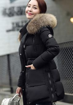 Winter Outfits 2019, Cozy Winter Outfits, Fall Outfits, Fur Fashion, Fashion Wear, Winter Fashion, Waterproof Breathable Jacket, Long Puffer Coat, Chic Outfits