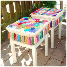 Crochet Stool Covers https://www.facebook.com/pages/Attys/285033854868633