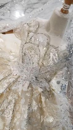 Champagne Flower Petal Little Girls Lace Princess Dresses with Veil KD1016