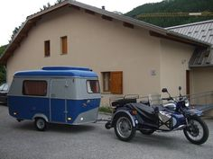 With Motorcycle Camping Sidecars and Motorcycle Camper Trailers you can Explore the World. How would you like to travel? Motorcycle Camper Trailer, Scooter Bike, Eriba Puck, Bike Motor, Ural Motorcycle, Sv 650, Vintage Caravans, Vintage Rv, Custom Trikes