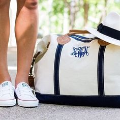 Travel in style with our Monogrammed Sunshine Satchel Duffel Bag! Perfect for carrying our monogrammed shirts and personalized jewelry on your next trip. Looks Style, My Style, Preppy Southern, Southern Prep, Southern Drawl, I Love Fashion, Womens Fashion, Preppy Fashion, Fashion Ideas